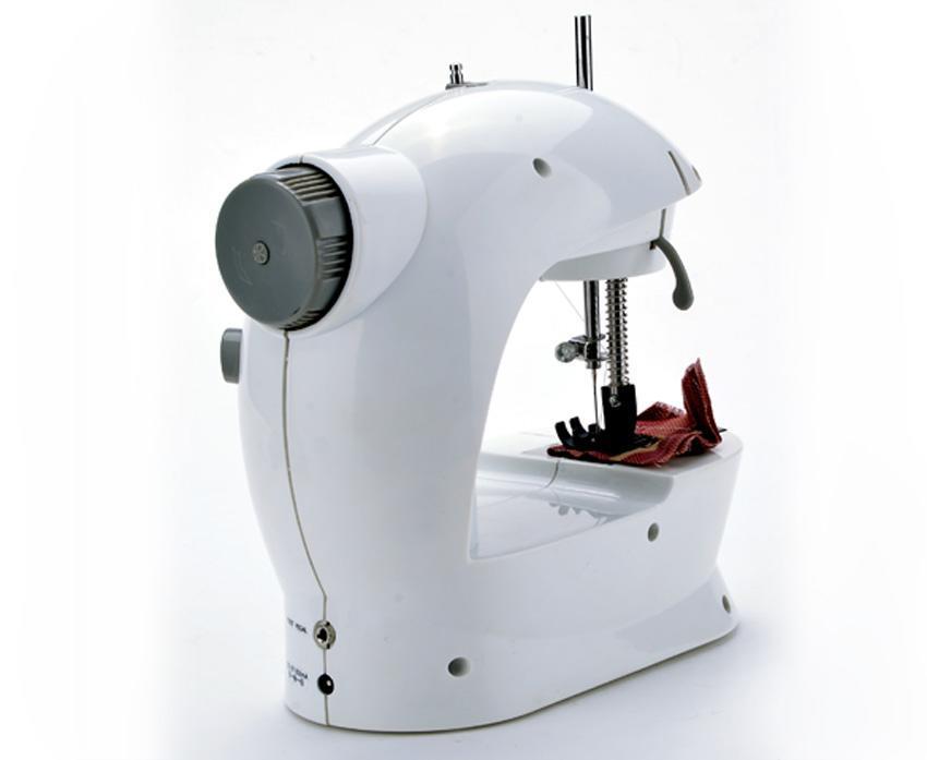 Portable Mini Handheld Electric Sew 2-Speed Sewing Machine Battery/Mains Powered  Bobbins 0