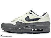 男性慢跑鞋到[20% OFF] 2017 台灣未發售 經典復刻鞋款 NIKE AIR MAX 1 PREMIUM 米白 黑 皮革 麂皮 氣墊 慢跑鞋 PRM (875844-100) !就在KUMASTOCK推薦男性慢跑鞋