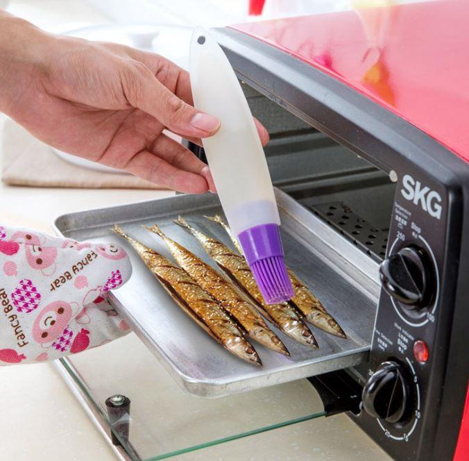 【省錢博士】軟管擠壓矽膠油刷 / 燒烤刷  49元 - 限時優惠好康折扣