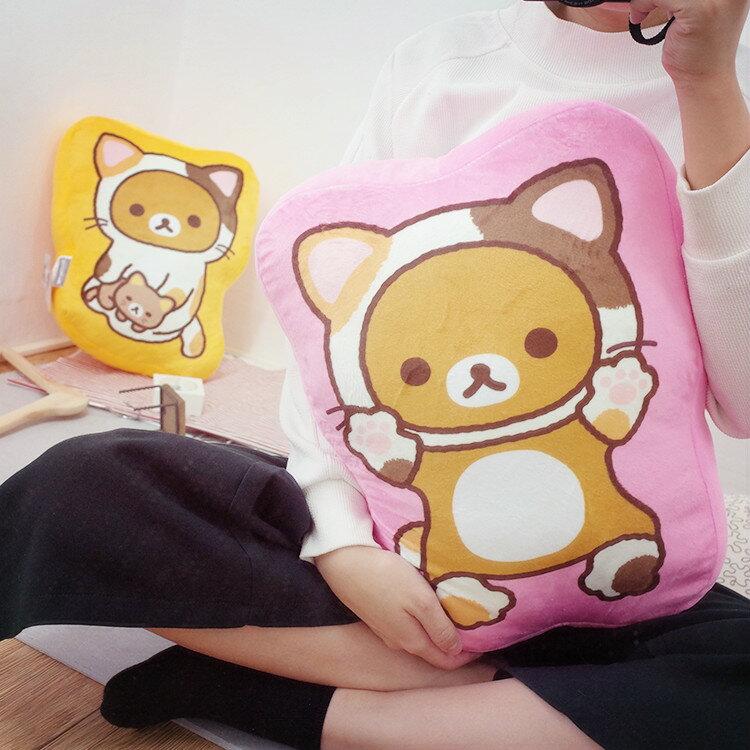 PGS7 拉拉熊系列商品 - 拉拉熊 Rilakkuma 貓咪裝 抱枕 (15吋) 娃娃 懶懶熊 玩偶【SJK61238】