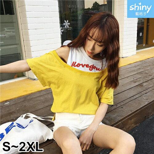 【V2333】shiny藍格子-個性女孩.拼接假兩件刺繡字母短袖上衣