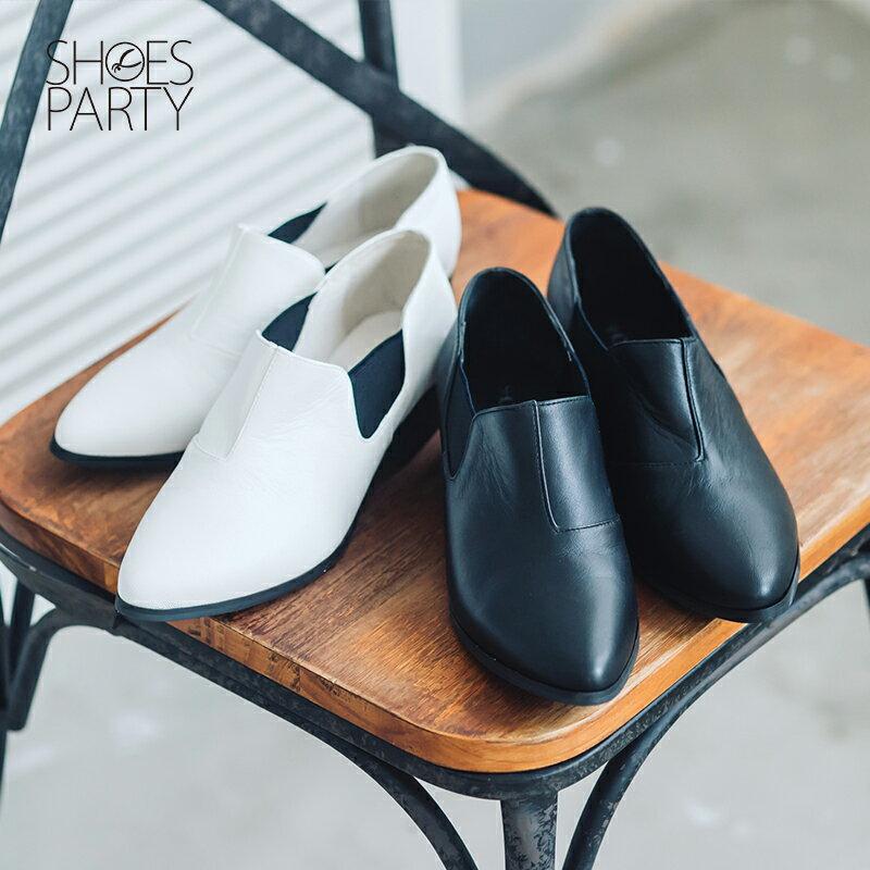 【B2-16209L】黑白系列尖頭側鬆緊鞋_Shoes Party 0