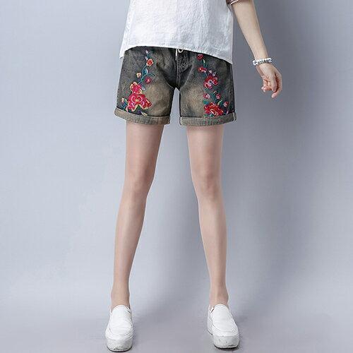 *ORead*民族風刺繡牛仔水洗捲邊短褲(圖片色M~XL)