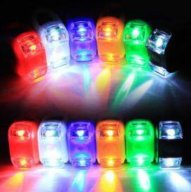 (隨機出貨)新款自行車燈雙眼燈六代青蛙燈山地車矽膠燈  紅藍白綠黃5色  69元 - 限時優惠好康折扣