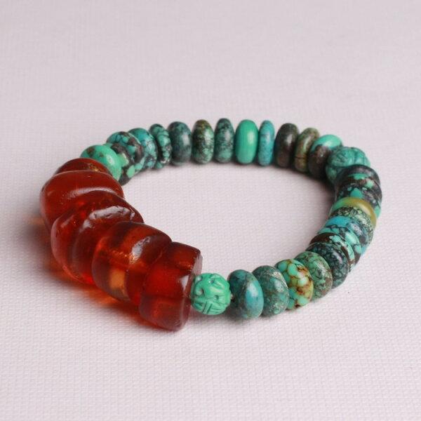 MU Life:琥珀綠松石手環