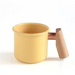 【【蘋果戶外】】Truvii 趣味 250ml 奶油黃 山毛櫸 木柄琺瑯杯 木燈 營燈 台灣設計師作品 蜂蠟油 光罩 抗菌餐具
