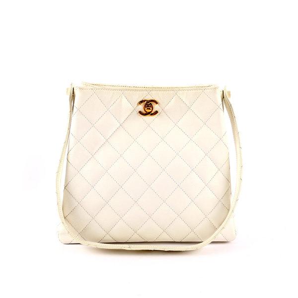 【CHANEL】荔枝皮菱格紋 金色LOGO 肩背包 (白色) CH19000014