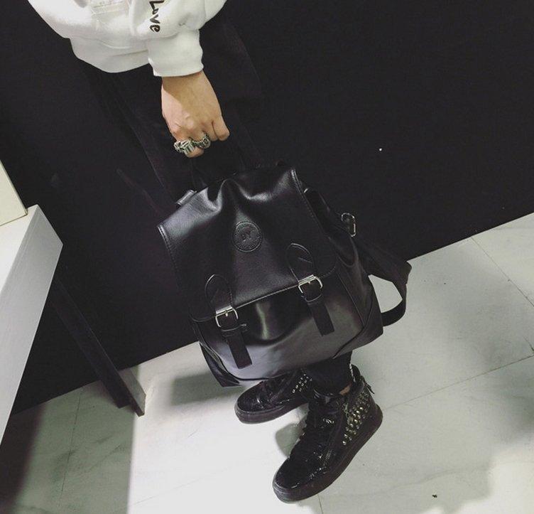 韓國 質感 素面 黑色後背包 小包包 外出包 皮革後背包