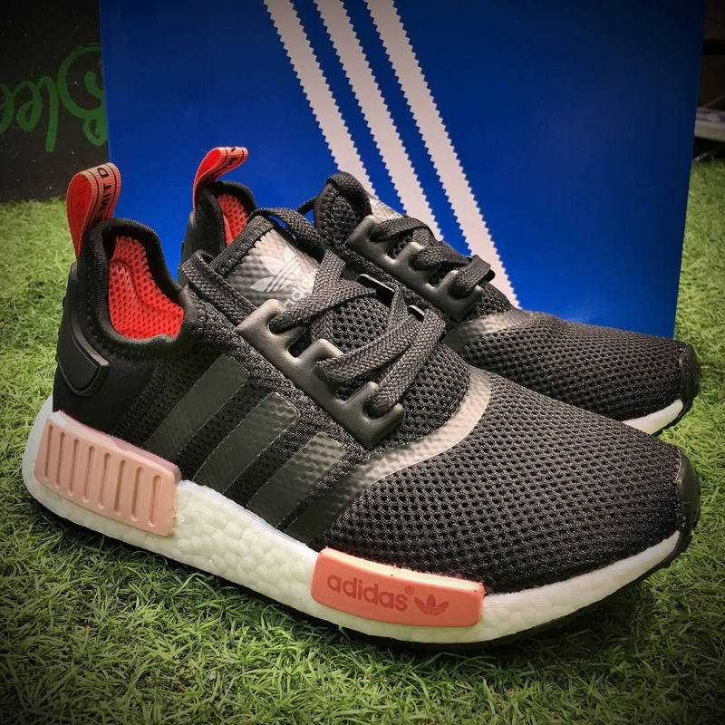 Adidas Originals NMD Boost R1 W黑粉 女款