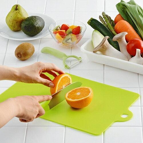 日本製造INOMATA可彎曲砧板(水果)1片裝