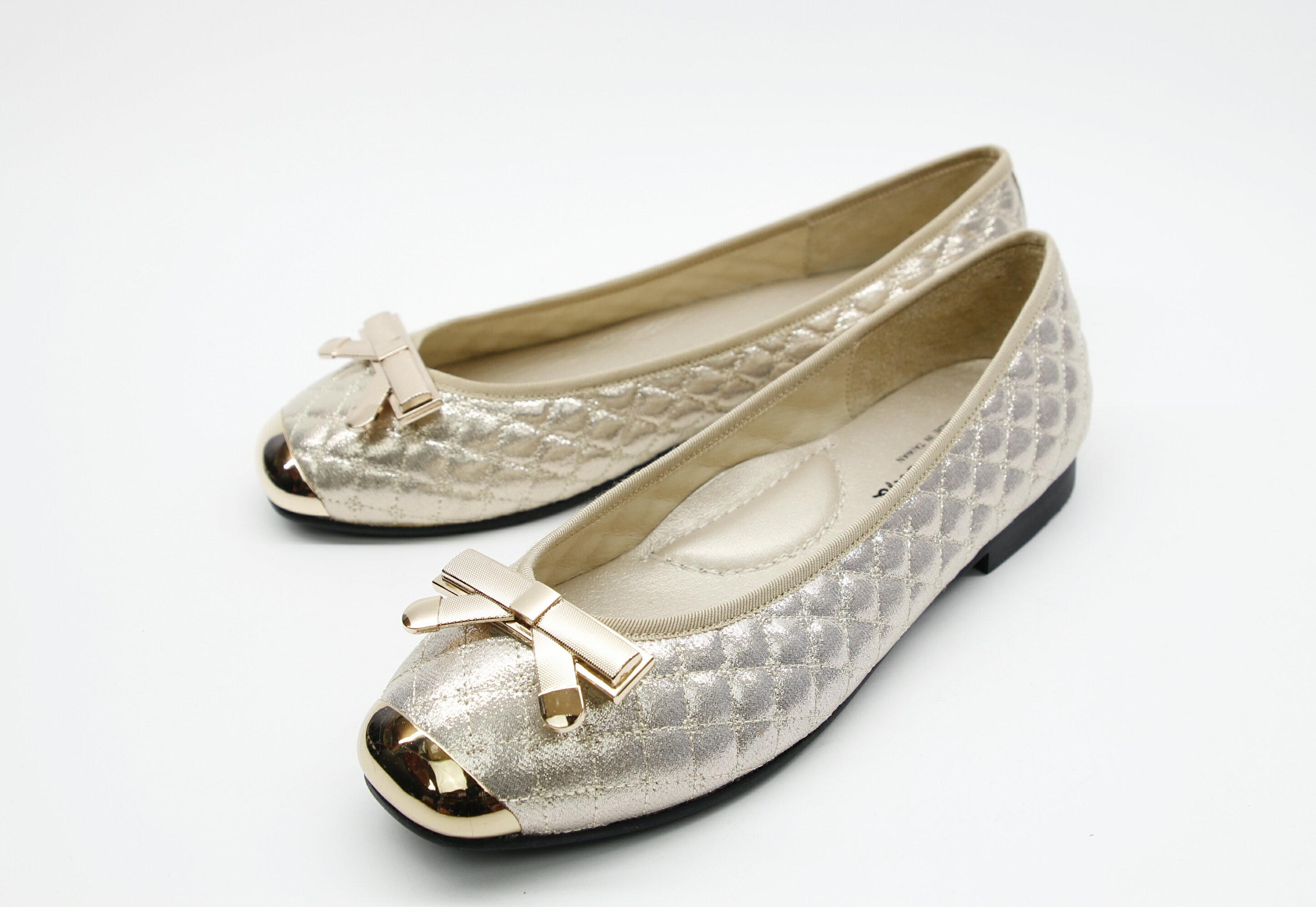 Aimez La Vie 經典優雅|經典款金屬蝴蝶結真皮菱格紋平底娃娃鞋