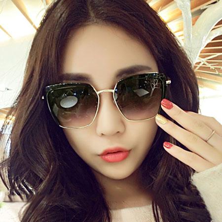 墨鏡 明星同款修臉金屬大方框太陽眼鏡【O3003】☆雙兒網☆ 0