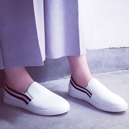 雙兒網:休閒鞋個性拚色線條圓頭平底白鞋【S1645】☆雙兒網☆