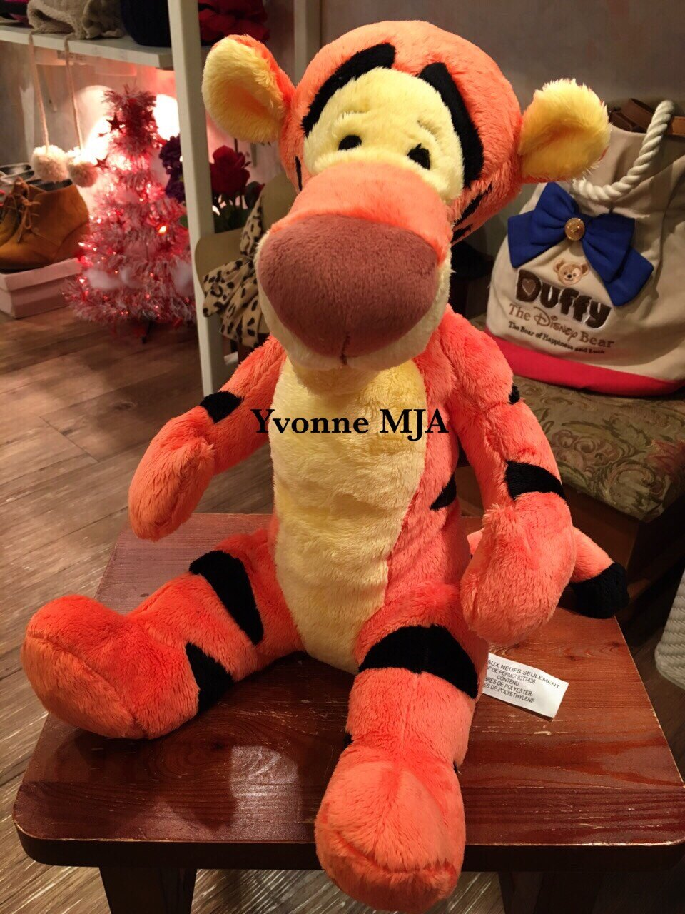 *Yvonne MJA美國代購*美國迪士尼Disney 樂園限定正品 維尼貼心好友 跳跳虎(Tiger)娃娃