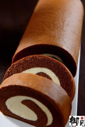 巧克力純生乳霜捲 1