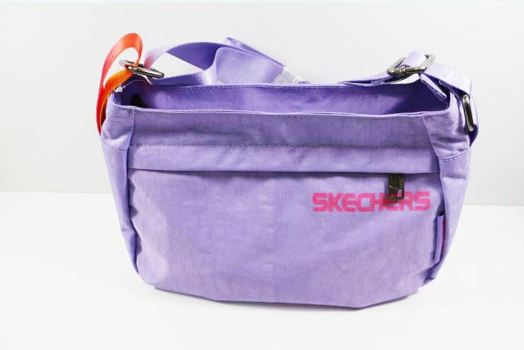 [陽光樂活]SKECHERS 背包系列 小側背包 S04870 薰衣草紫 夢幻甜美