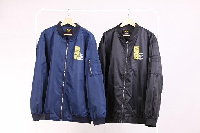 CS衣舖 加大尺碼 型男 防風 MA-1 飛行夾克 軍裝外套 兩色 88017 3