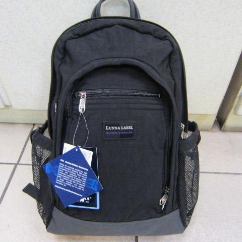 ~雪黛屋~LUNNA CLUB輕巧電腦後背包 可放個人電腦護腰分攤重量功能高單數防水尼龍布#7210黑