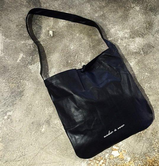 SENSE.韓國 暗黑 郵差包 全軟皮 包款 極簡 無印良品