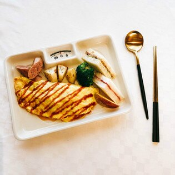 |現貨|日本空運創意體重計造型陶瓷大盤|體重機餐盤夏季瘦身必備百搭創意餐具