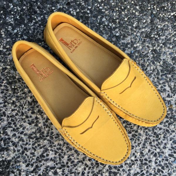 全真皮 款素面豆豆鞋 活力黃色 親子鞋 媽媽鞋 鞋墊加厚 超軟 LaoMeDea