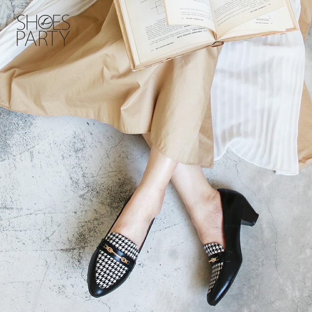 【P2-19131L】飾扣真皮樂福跟鞋_Shoes Party 3