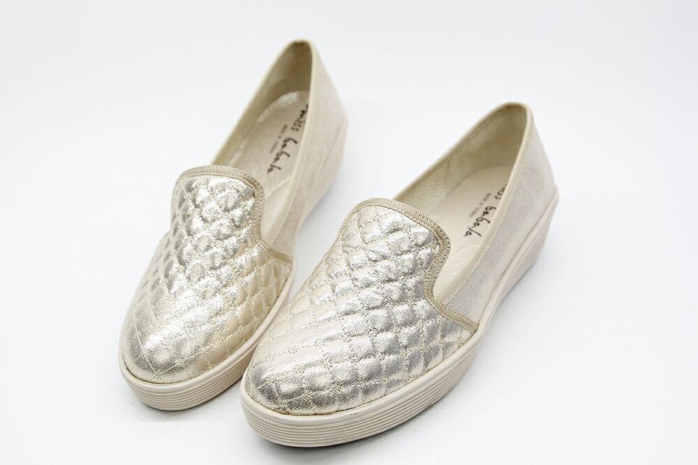 Aimez La Vie 超輕氣墊鞋 經典菱格紋真皮內裡腳窩墊樂福厚底休閒鞋