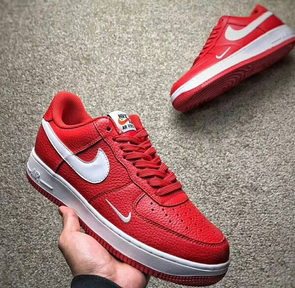"NikeAirForce1Low""MiniSwoosh""灰白情侶款"
