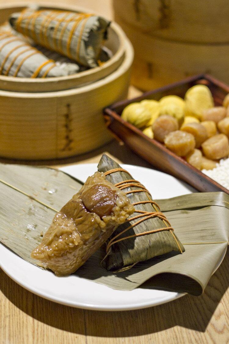 點水樓頂級-袖珍干貝栗子湖州粽(10顆裝) 1