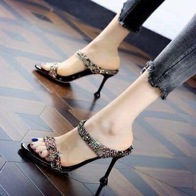 拖鞋女性感水鉆一字半拖2021年夏季新款時尚百搭露趾細跟高跟涼鞋