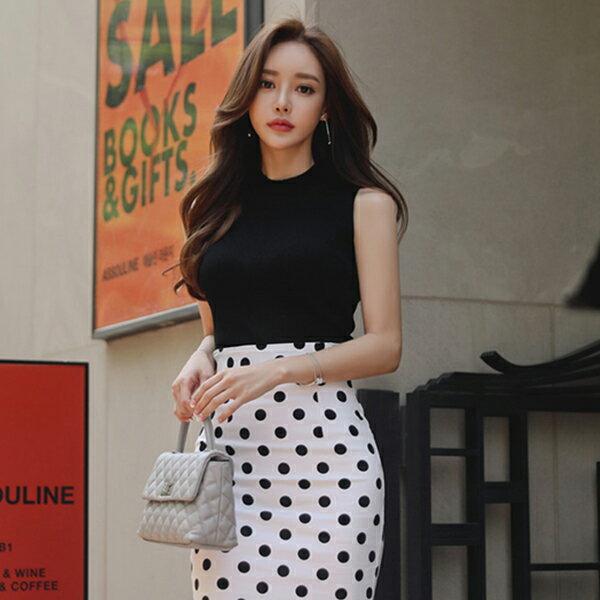 PS Mall 毛針織背心+大牌氣質顯瘦波點魚尾裙套裝 上衣+裙子【T482】 1