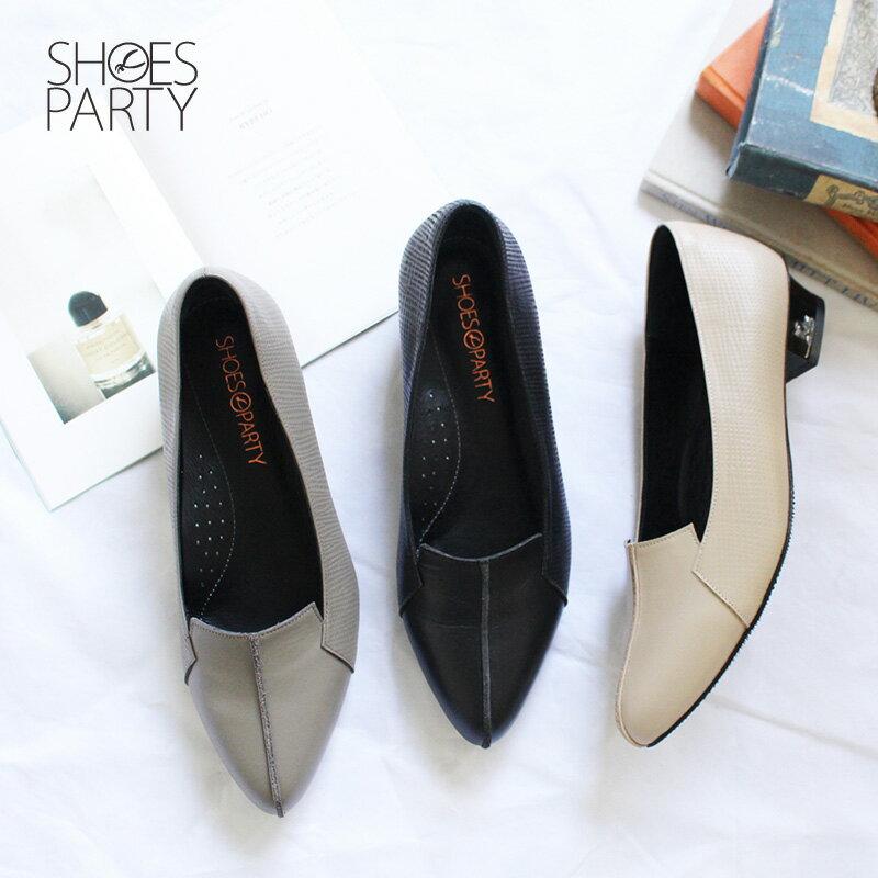現貨【F2-18827L】外尖內圓俐落感尖頭鞋_Shoes Party 0