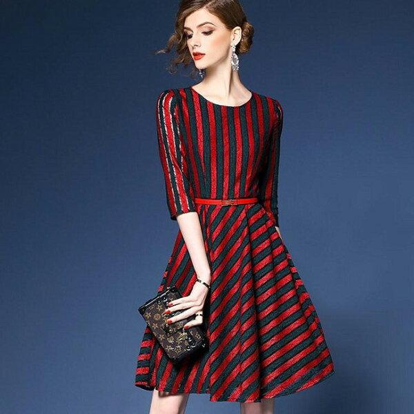 韓版 實拍 早春新款時尚氣質條紋蕾絲收腰連身裙A字裙 S~2xl  現貨+預購  韓風衣舍