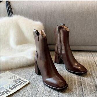夯貨折扣! 粗跟短靴 粗跟短靴女秋冬單靴2021新款復古方頭中跟側拉鏈網紅瘦瘦靴潮