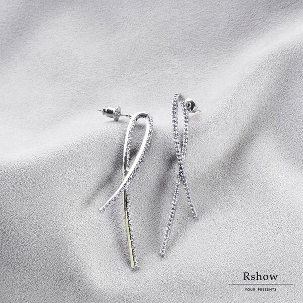 【Rshow】銀色法式絲帶微鑲曲線水鑽耳環