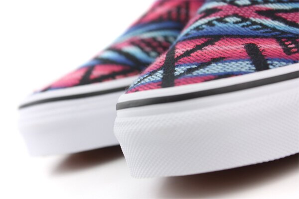 VANS Classic Slip-On 休閒鞋 黑紅 男女款 62010817 no453 4