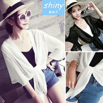【V0667】shiny藍格子-完美比例.清涼蝴蝶袖雪紡披肩外套