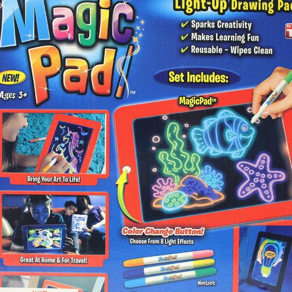 3D魔術燈光 寫字板 螢光畫畫板(附電池) / 一個入(促350) 777 塗鴉畫畫板-CF147681 7