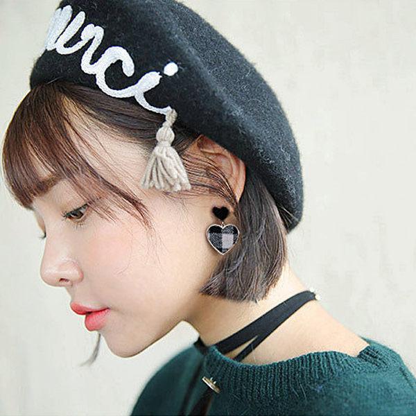 PS Mall 韓版愛心格子百搭桃心耳環【G044】 2