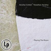 艾維沙伊.科恩/約拿森.艾維沙伊:玩轉空間 Avishai Cohen  /  Yonathan Avishai: Playing The Room (Vinyl LP) 【ECM】 0