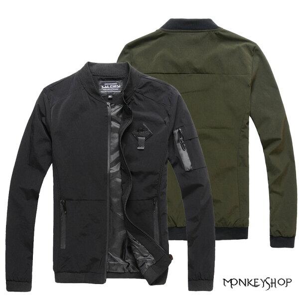 Monkey Shop:《MonkeyShop》【A90279】素面菱形皮標手臂拉鍊設計夾克外套-2色