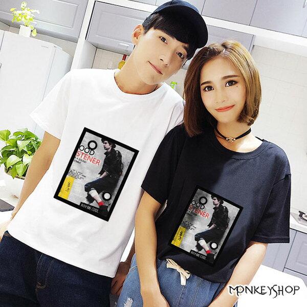 《MonkeyShop》【M66019】男女情侶街頭背包人像潮流印花短袖T恤-2色
