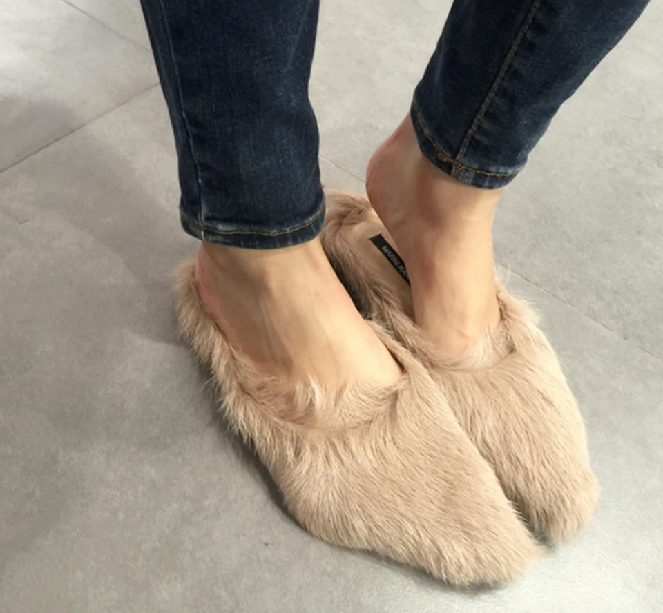韓國款 杏色時尚仿皮草毛毛拖鞋尖頭平底鞋
