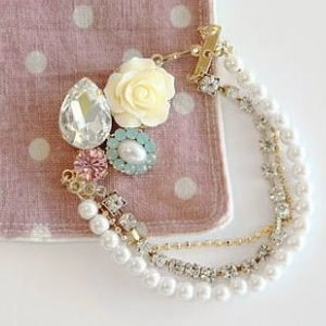 美麗大街【D221】玫瑰薔薇花三層鑽鏈珍珠手鏈
