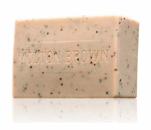 Realhome:*Realhome*英國名牌精品MoltonBrown黑胡椒去角質沐浴皂250g