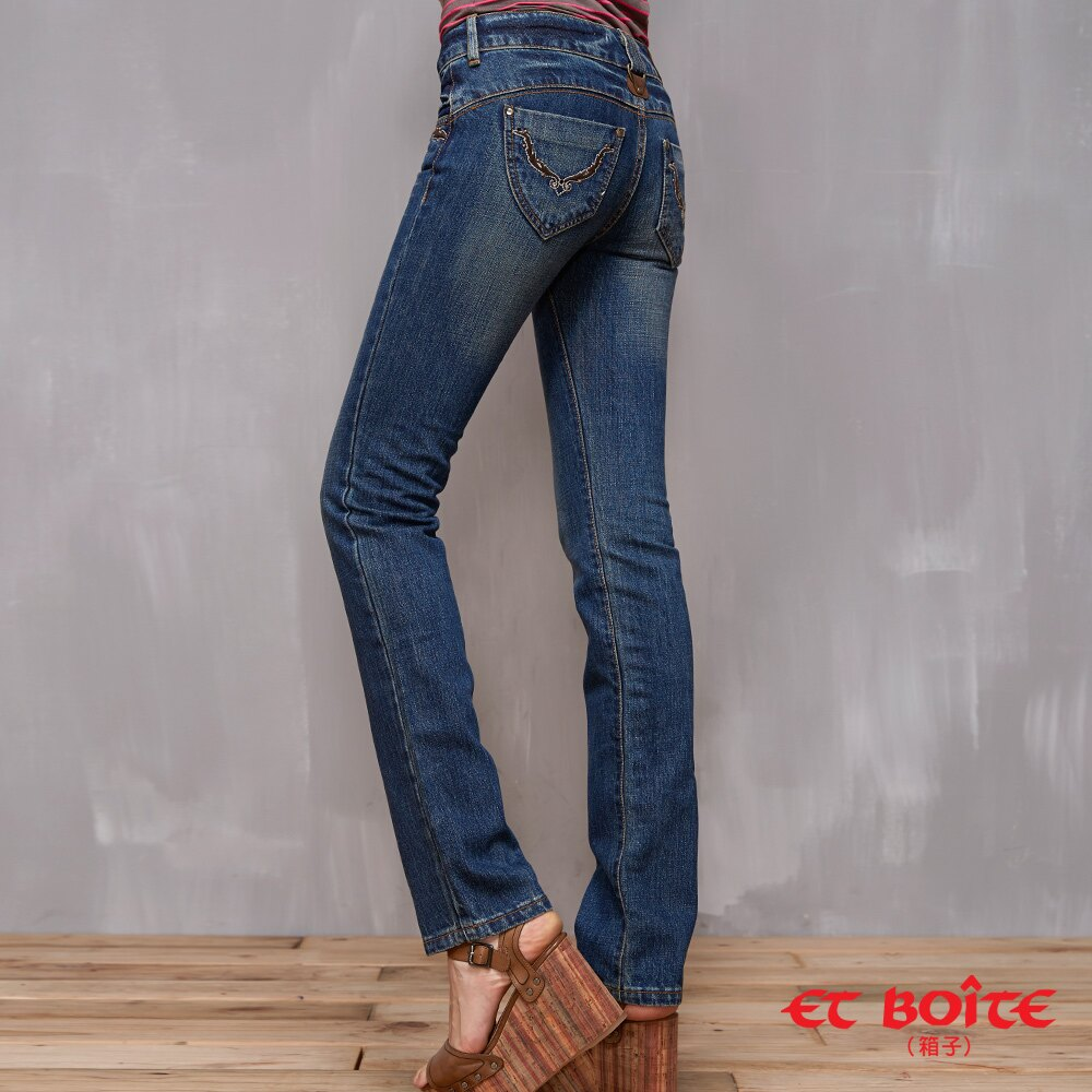 LeJean繡花鉚釘顯瘦直筒牛仔褲 - BLUE WAY  ET BOiTE 箱子 1