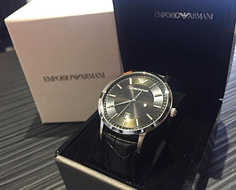 EMPORIO ARMANI 經典大錶徑紳士黑面腕錶(AR2411) 簡潔經典的風格
