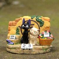 魔女宅急便周邊商品推薦=優生活=宮崎駿吉卜力魔女宅急便黑貓KIKI與白貓莉莉立體公仔擺飾 萬年曆 桌曆 龍貓