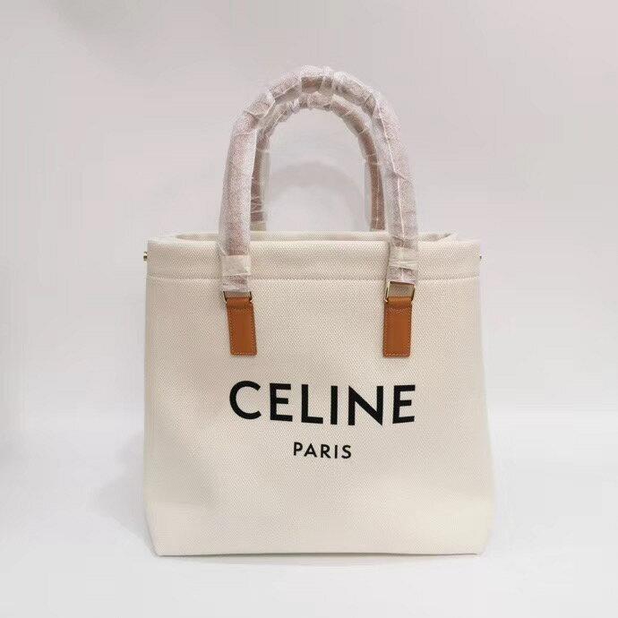限時 滿3千賺10%點數↘   【Chiu189英歐代購】CELINE paris logo白色 帆布托特包 焦糖色皮革 手提 購物包