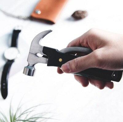 美國Kikkerland工具刀 小榔頭 十合一多功能工具刀 (黑色) 榔頭、平口螺絲刀、開瓶器、絞刀、鋸、銼刀、飛利浦頭螺絲、小刀及鋼絲鉗